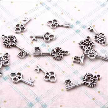 Vintage Metal Charms Key